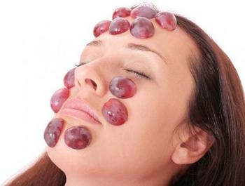 Tratamiento con uvas para combatir el acné